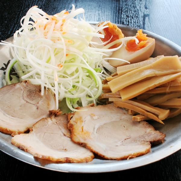 おつまみセット(チャーシュー・メンマ・ネギ・煮玉子)