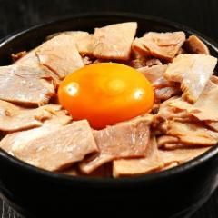 丼(小)各種(まかない丼・キャべチャ丼・旨辛ひき肉丼・麻婆丼)